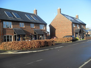 Houses & Bungalows in Breach Close, Bromham